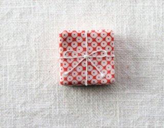HO103 箸置き/四角(赤×白)・鹿の子