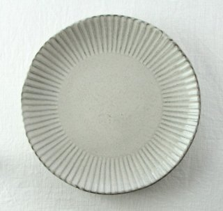 WP843 和皿/丸(白)・花型