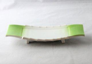 WP941 和皿/四角(白×緑)・脚付き