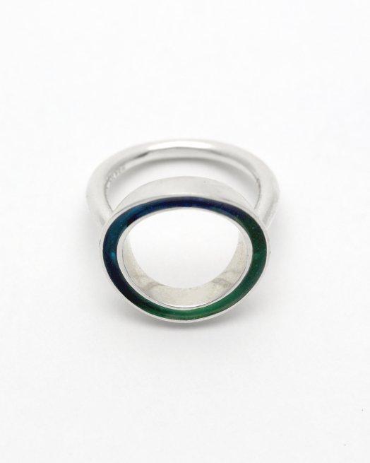 circle -blue green-