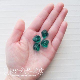 原石風ビーズ4個セット(クリアグリーン)