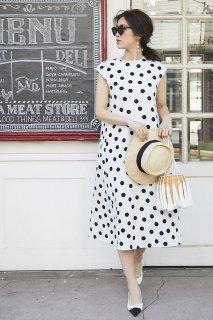 ドットニットドレス(ホワイト×ブラックドット)