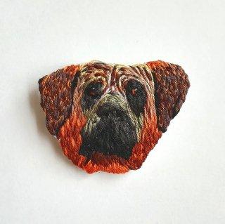 土佐犬の刺繍ブローチ