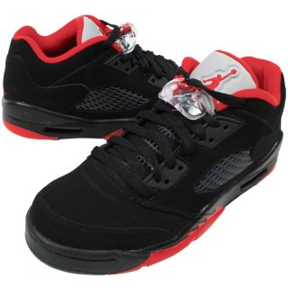 <img class='new_mark_img1' src='//img.shop-pro.jp/img/new/icons20.gif' style='border:none;display:inline;margin:0px;padding:0px;width:auto;' />NIKE AIR JORDAN 5 LOW GS