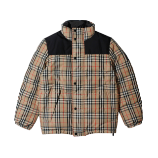 BURBERRY<br>REVERSIBLE VINTAGECHECK JACKET