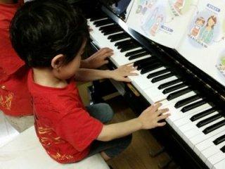 ピアノ教室/ボイトレ教室 個人レッスン(月・水曜日) ※月謝制