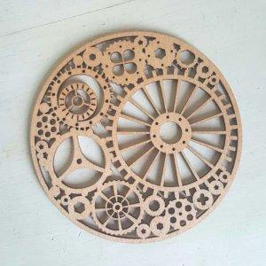 リトアニア・木製コースター(時計歯車)