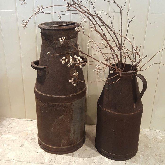 昭和レトロ・レトロミルク缶(フタなし)・ミルク缶・古道具・レトロ雑貨 サブイメージ