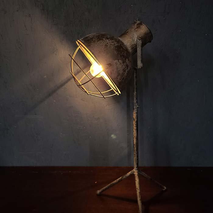 ジャンクレトロ・フロアスタンド・スタンドライト・照明 メインイメージ