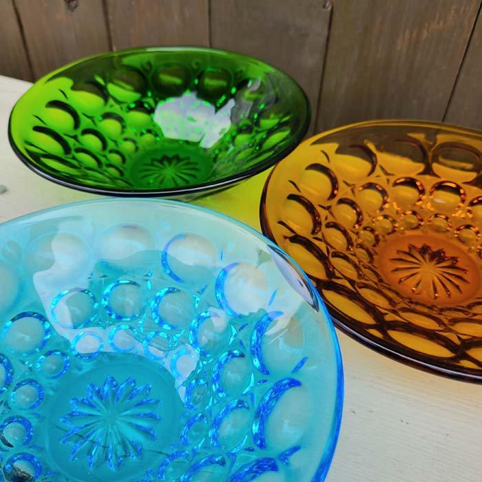 ガラス3色・デザート器・レトロガラスデザイン・ガラスプレート メインイメージ