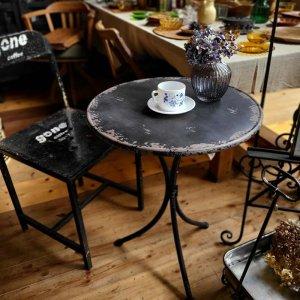 ガーデンテーブル・組立式テーブル・アンティーク調テーブル