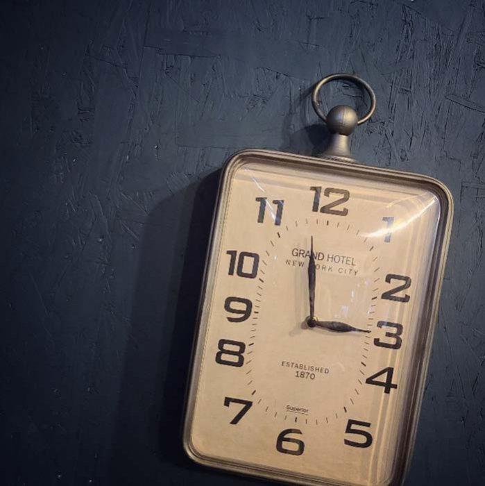 壁掛け時計・ウォールクロック・アンティーク風時計 メインイメージ