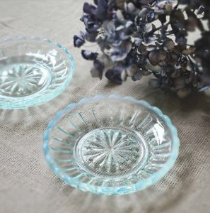 ガラス豆皿・レトロモダン・ソーダガラス・ブルー