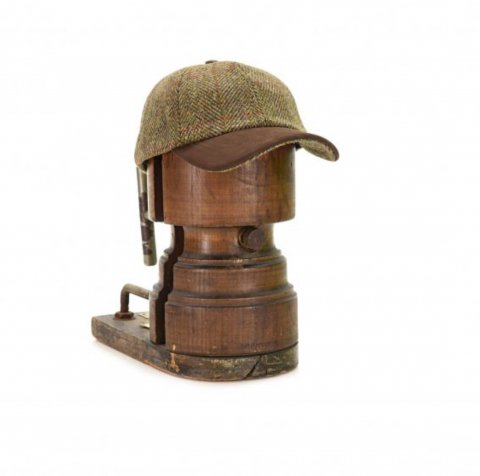 "TWEEDMILL ""BB Cap Harris Tweed with Leather"""