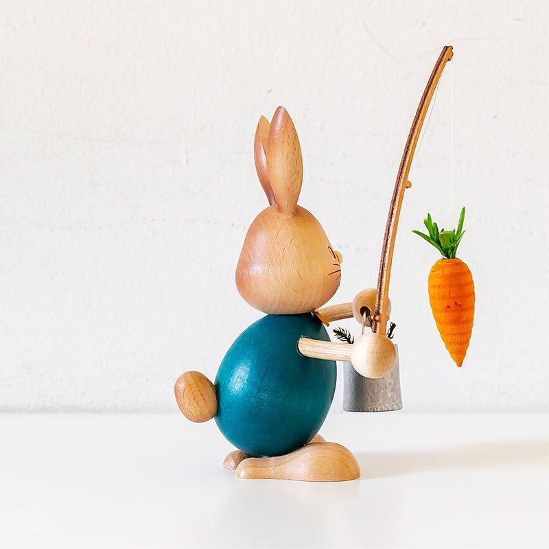 Drechslerei Kuhnert クナート ニンジンを釣るウサギ