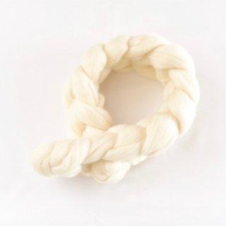 肌にやさしい幸せな天然素材、メリノウールのモコモコミニマフラー(アイボリーホワイト)/SACHE