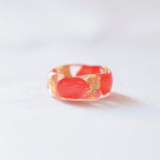 光透き通る、花と金箔のリング(アジサイ赤)/nico design