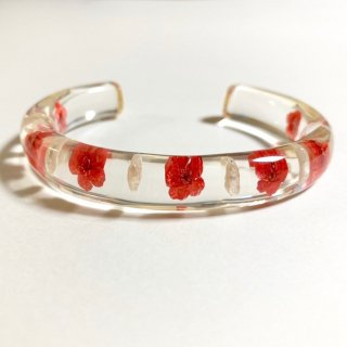 光透き通る、花とパールのバングル(赤)/nico design