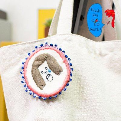 uRiiiy(ウリ) カラフルで可愛い 刺繍 ブローチ  刺繍ブローチシリーズの虫歯はつらいよブローチ
