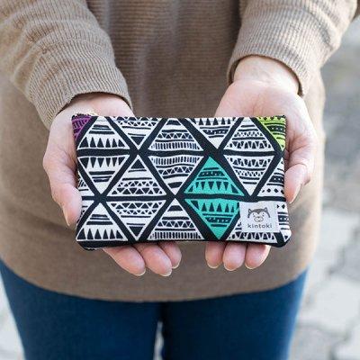 kintoki(キントキ) カラフルな柄がお洒落なカードケースにもなるポーチ カードもピッタリ入るサイズのポー