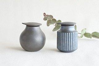 黒釉 / 醤油さし 2種 - 藤田 徳太 -