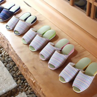 畳を使ったさわやかな履き心地の阿波しじらスリッパ  吊り込み。MサイズLサイズ(価格はMサイズのものです)