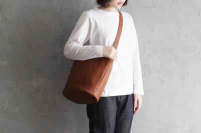 garota シンプルバッグ〈L・茶〉