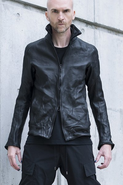 <img class='new_mark_img1' src='//img.shop-pro.jp/img/new/icons2.gif' style='border:none;display:inline;margin:0px;padding:0px;width:auto;' />LEATHER TRACK JACKET