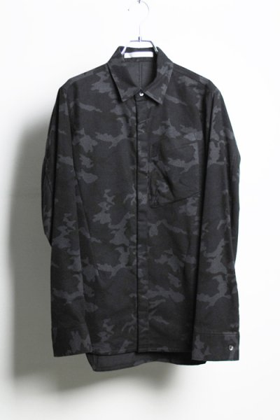 <img class='new_mark_img1' src='//img.shop-pro.jp/img/new/icons20.gif' style='border:none;display:inline;margin:0px;padding:0px;width:auto;' />【40%OFF】URBANE SHIRT