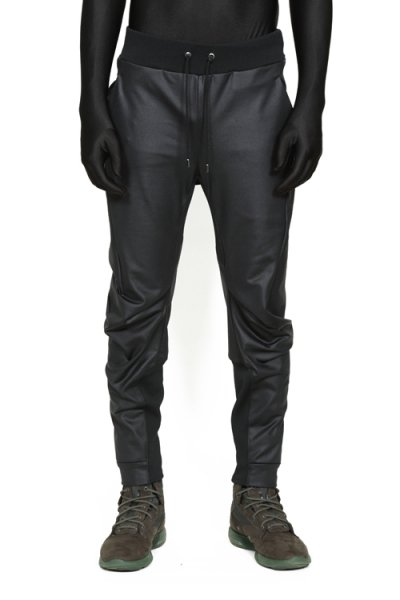 <img class='new_mark_img1' src='//img.shop-pro.jp/img/new/icons20.gif' style='border:none;display:inline;margin:0px;padding:0px;width:auto;' />【40%OFF】EFFICIENT 3D TRACK PANTS