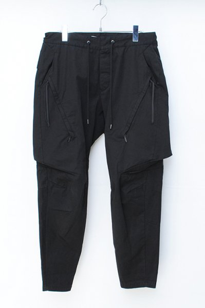 <img class='new_mark_img1' src='//img.shop-pro.jp/img/new/icons2.gif' style='border:none;display:inline;margin:0px;padding:0px;width:auto;' />【18FW予約】INVISIBLE CARGO PANTS