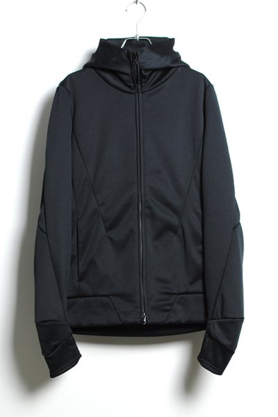 <img class='new_mark_img1' src='//img.shop-pro.jp/img/new/icons2.gif' style='border:none;display:inline;margin:0px;padding:0px;width:auto;' />ZIP UP VACUUM NECK PARKA