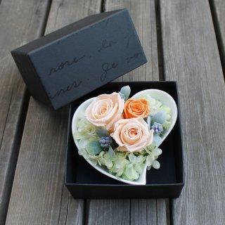 ハートのプリザーブド【オレンジ・BOX付】