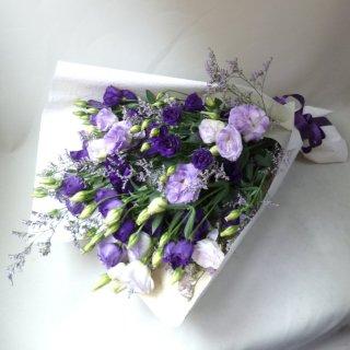 紫のお供え花束
