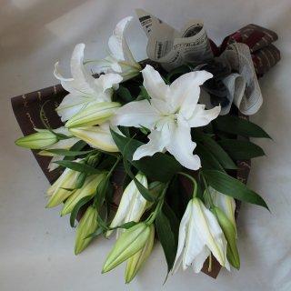 敬老の日の贈り物【オリエンタルリリーの花束】