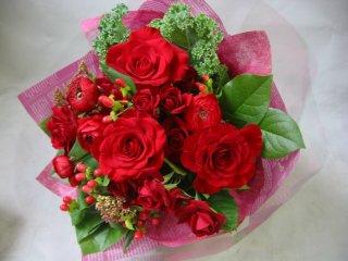 敬老の日の贈り物【真っ赤なお花のブーケ】