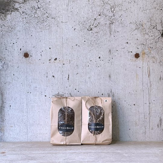 TRANSHIP ORIGINAL SOIL SET(観葉植物用1袋・多肉植物用1袋)