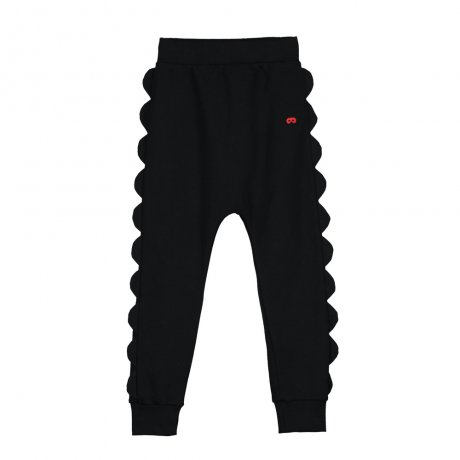 <img class='new_mark_img1' src='https://img.shop-pro.jp/img/new/icons8.gif' style='border:none;display:inline;margin:0px;padding:0px;width:auto;' />BEAU LOVES / Scallop Velo Pants / Black