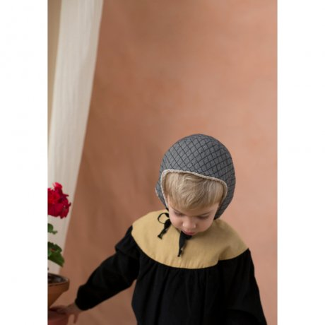 <img class='new_mark_img1' src='https://img.shop-pro.jp/img/new/icons8.gif' style='border:none;display:inline;margin:0px;padding:0px;width:auto;' />popelin / reversible bonnet / Diamond pattern / Mod.33.3