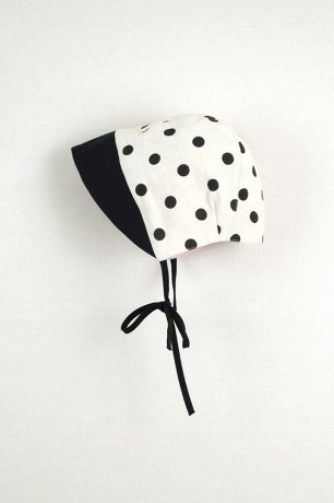 popelin / polka dots reversible bonnet / Black / Mod.35.2