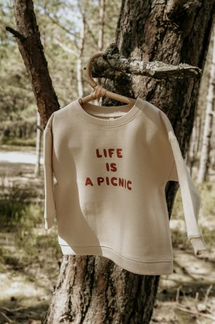 Organic Zoo / Sweatshirt / Life Is a Picnic