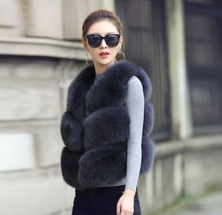 韓国ファーベスト❤秋の装いに♪カジュアルに着こなしてふわふわベスト