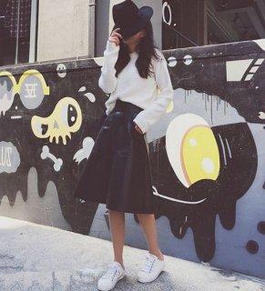 韓国レザースカート❤少しハードに♪Aラインのハイウエストスカート