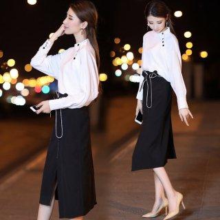 韓国セットアップ❤ノーカラーブラウスとスリット入りスカートのモノトーンコーデがオシャレ♪