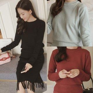 韓国セットアップ❤ラウンドネックのシンプルなニットトップスとフリンジが可愛いタイトスカートのセット♪