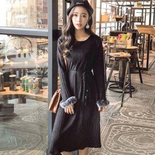 韓国ワンピース❤袖のファーで華やかになってホームパーティーにでも♪コーディロイワンピース
