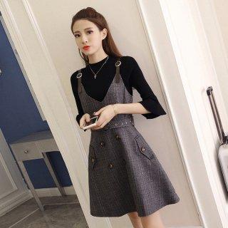 韓国セットアップ❤袖がフレアなトップスとふわりとフレアなスカートのセットアップ