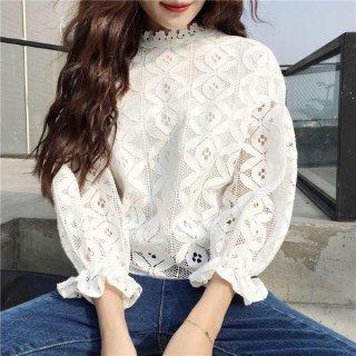 韓国ブラウス❤花柄レース ホワイト or ブラック 透けでキュートな可愛い感じのブラウス!