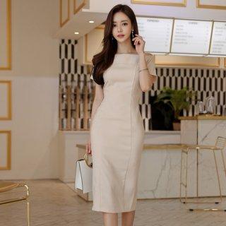 韓国ワンピース❤ベージュの落ち着いた感じで大人女子へのタイトワンピ