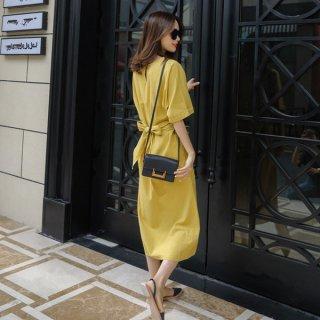 韓国ワンピース❤スリットとバックリボンが特徴で、なんかカッコいい大人女子のロングワンピ!